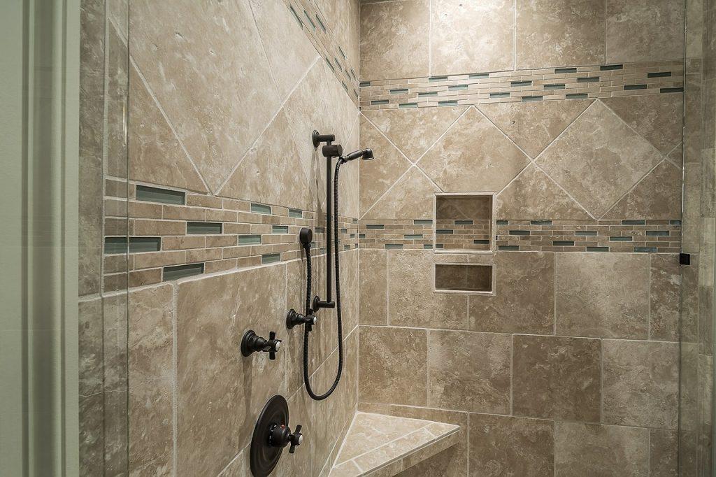 zuhanyzós fürdőszoba ötletek